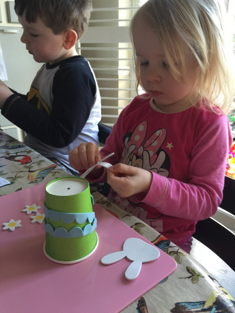 pop up puppet kit decorating